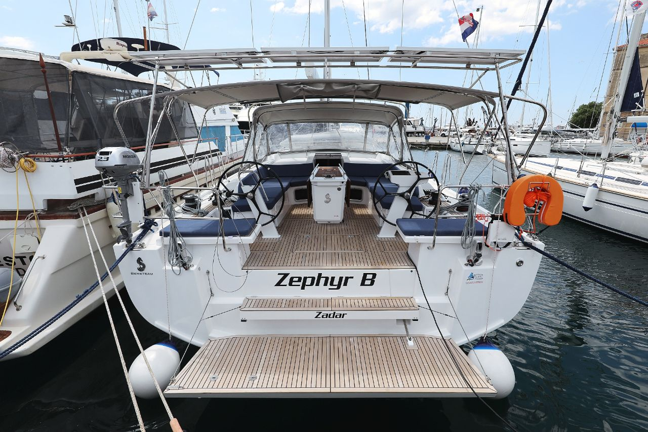 "Oceanis 51.1 - 5 + 1 cab. - ""Zephyr B"" with A/C and generator"