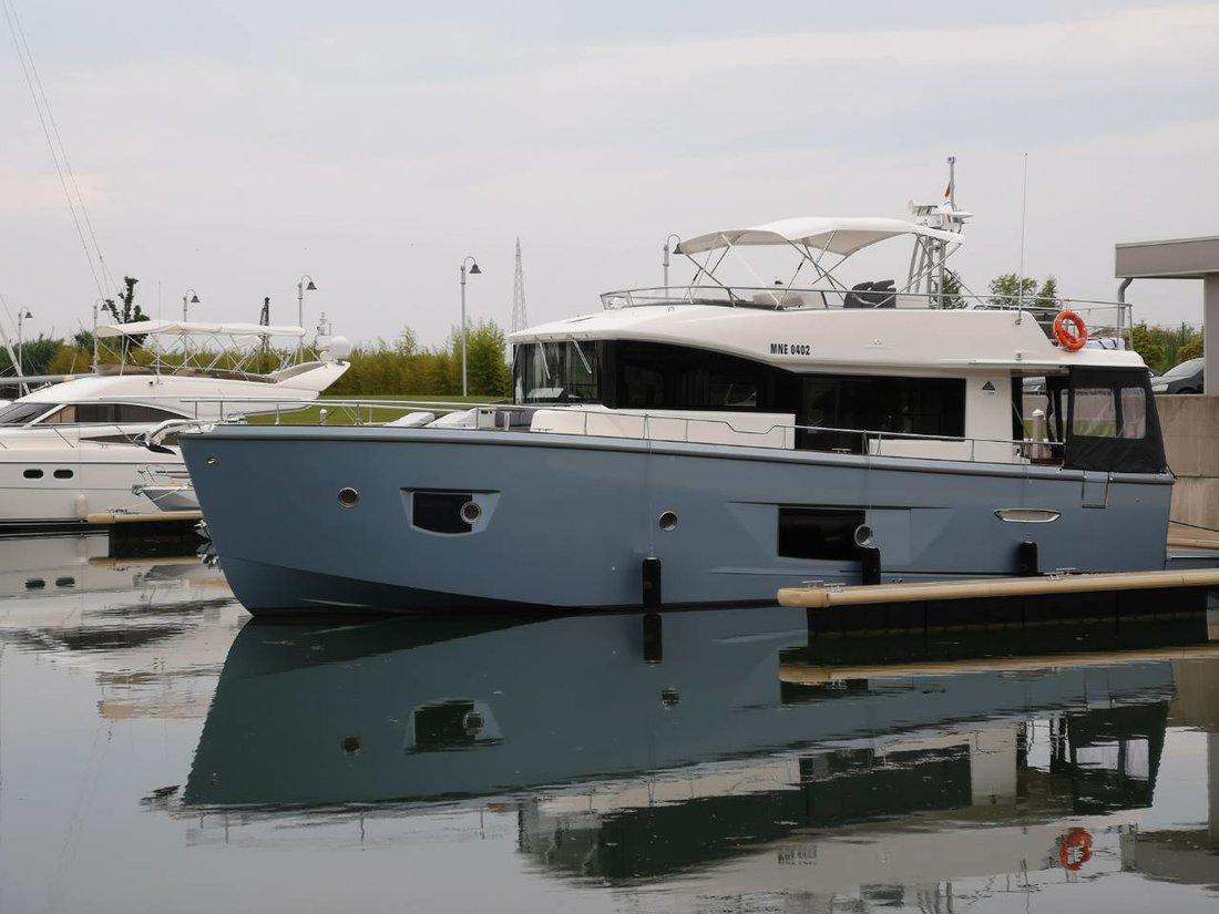 Cranchi T53 Trawler (2018) - Budva