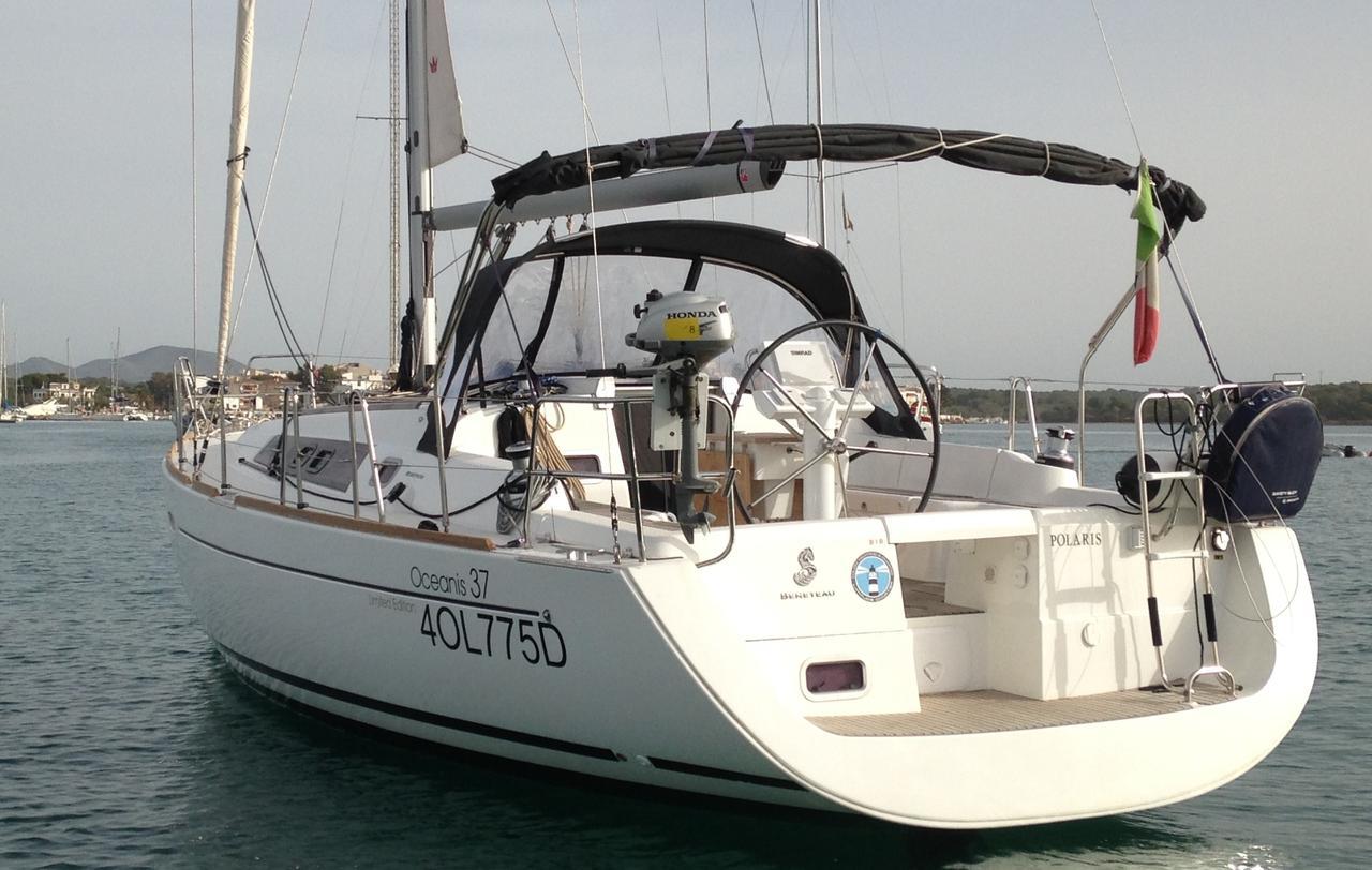 Oceanis 37, Portocolom