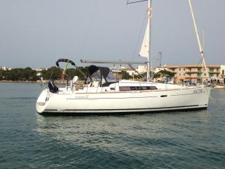 Yacht - Oceanis 37