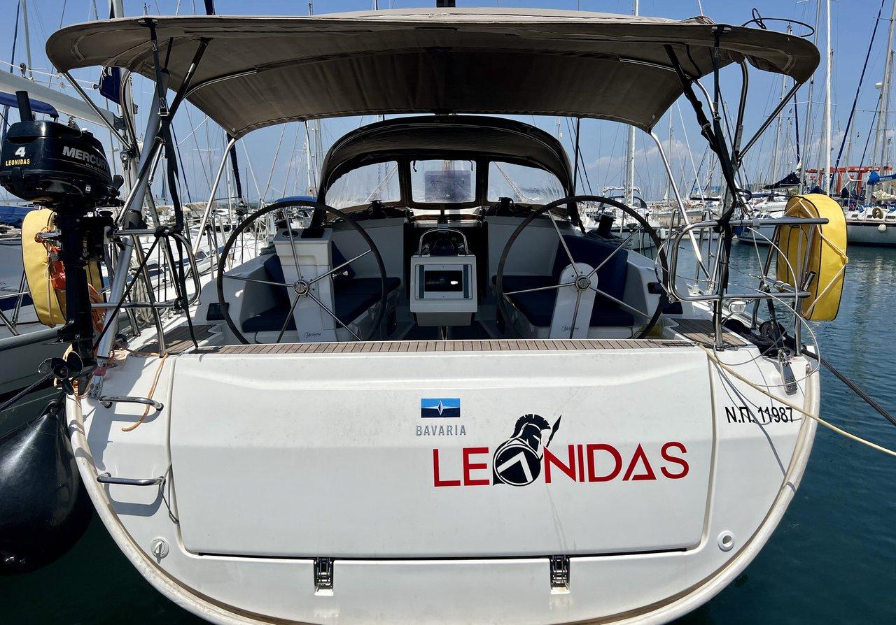 Yacht LEONIDAS