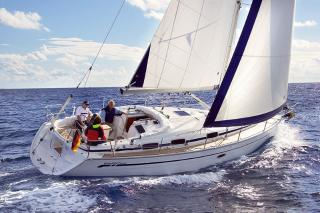 Bavaria 37 Cruiser - Olympic Yachting