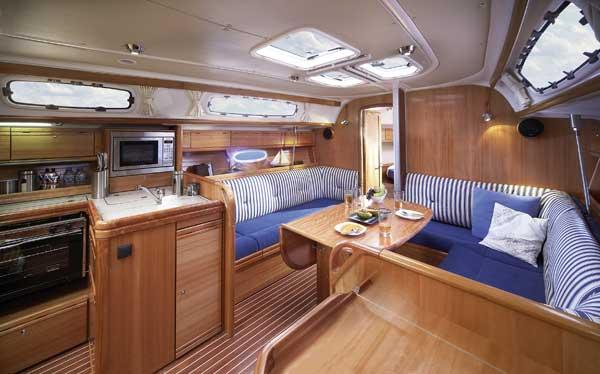 http://ws.nausys.com/rest/yacht/1061748/pictures/nB38c_salon.jpg