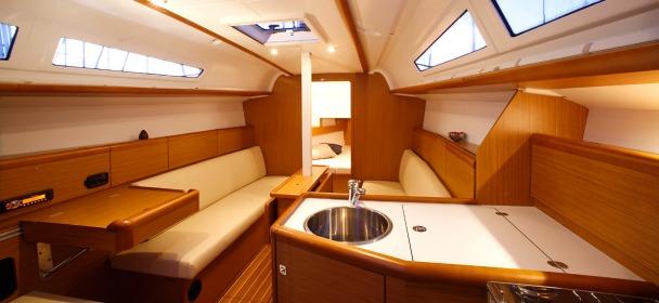 http://ws.nausys.com/rest/yacht/1061745/pictures/sun_odyssey_33i_2.jpg