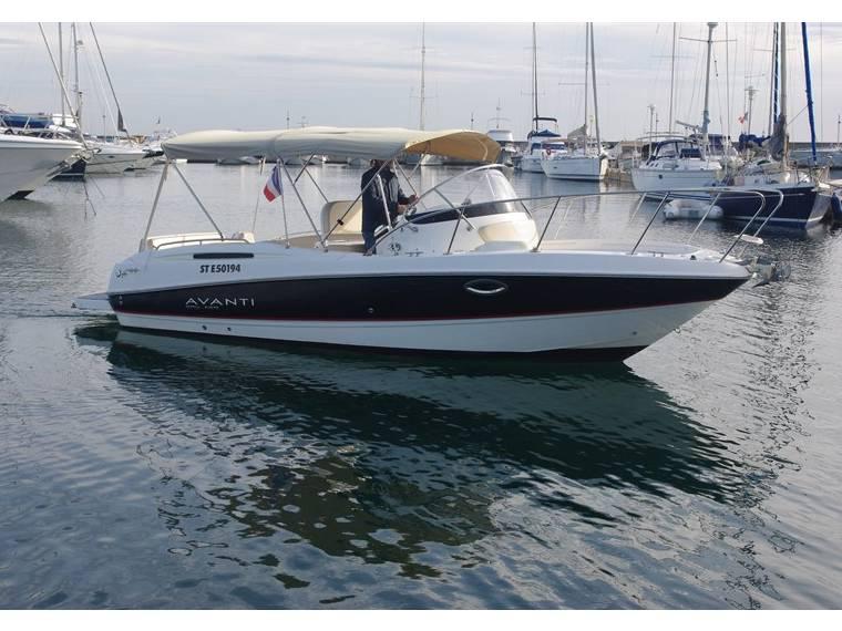 Bayliner Avanti 8 charter yacht croatia