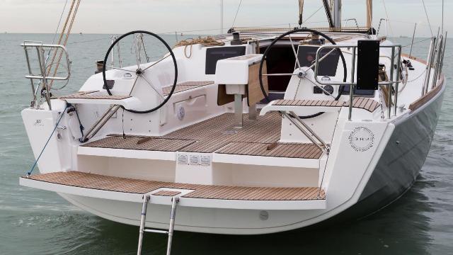 Dufour Yachts Dufour 382 GL - 3 cab.