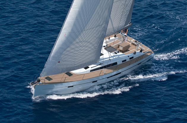 Bavaria Cruiser 56, Baby Blue 2