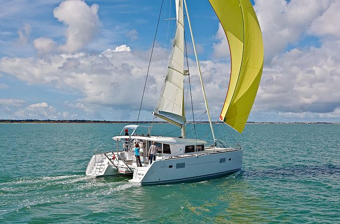 Lagoon 400 S2 - 4 + 2 cab. - Treanne (Cabin charter) port bow