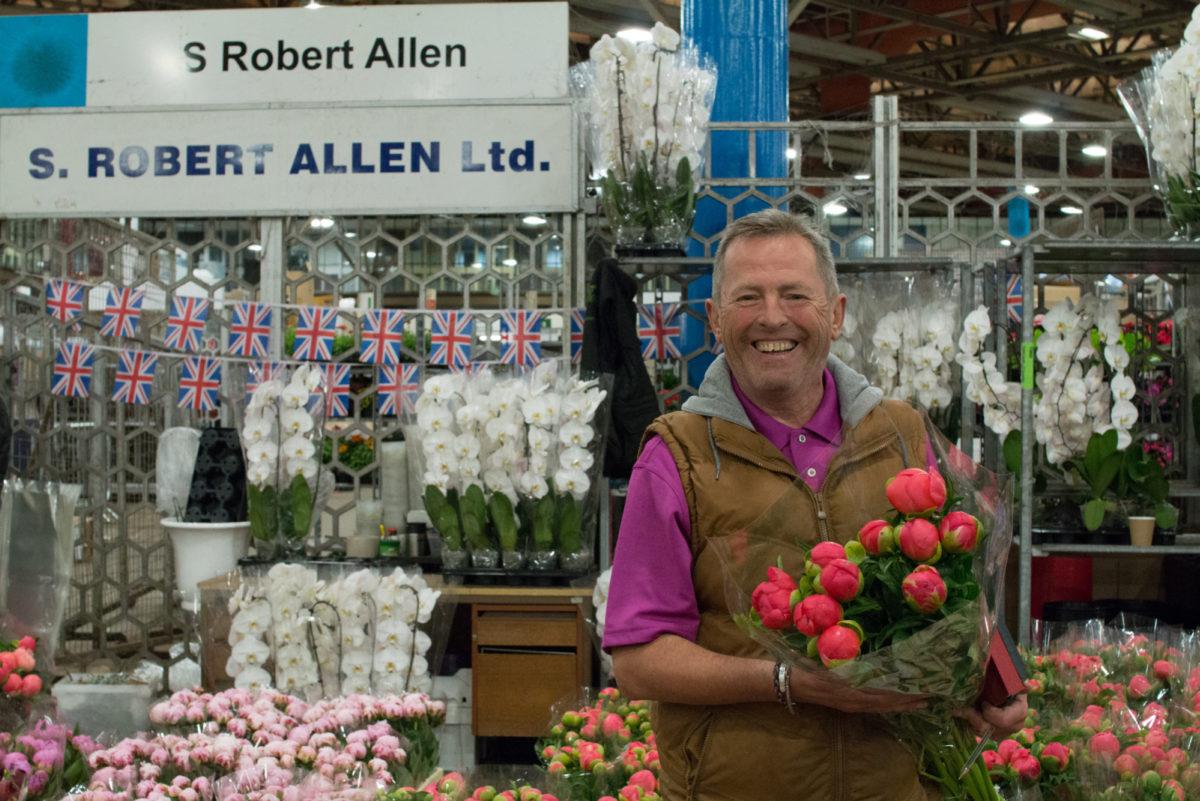 New Covent Garden Flower Market June 2016 Market Report Flowerona Hr 8A