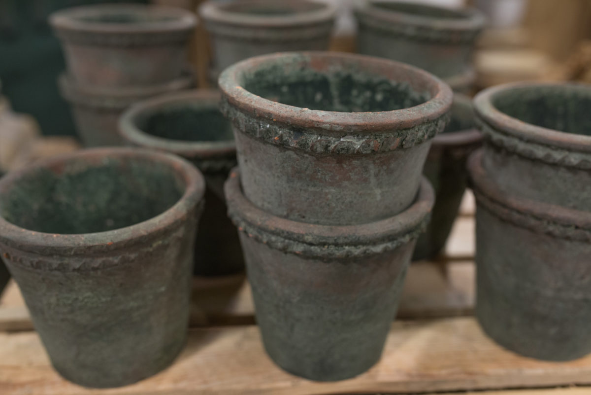 New Covent Garden Flower Market March 2017 Market Report Rona Wheeldon Flowerona Verdigris Terracotta Pots At The Flower Store