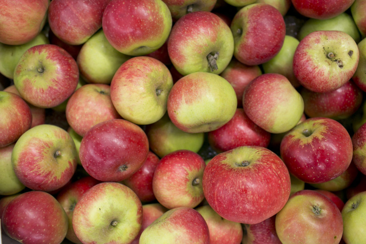 Fruit And Vegetable Market Report August 2014 Discovery Apples