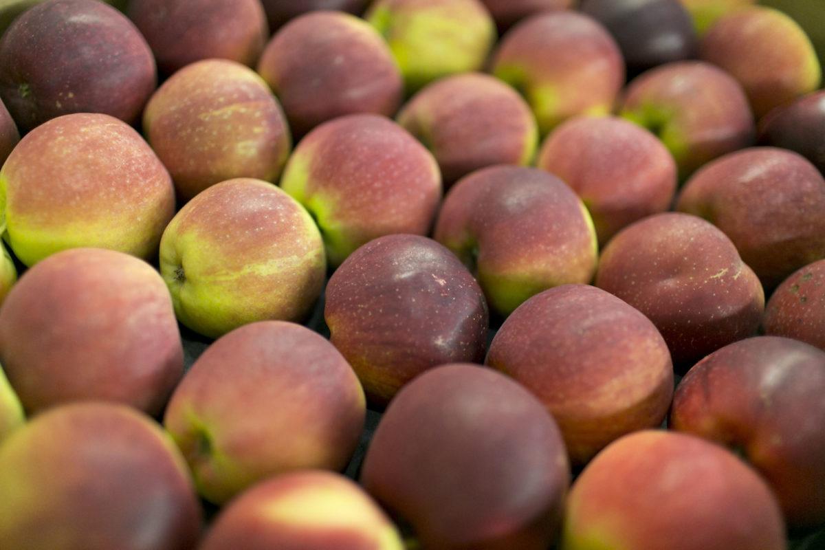 Fruit And Vegetable Market Report November 2015 Spartan Apples