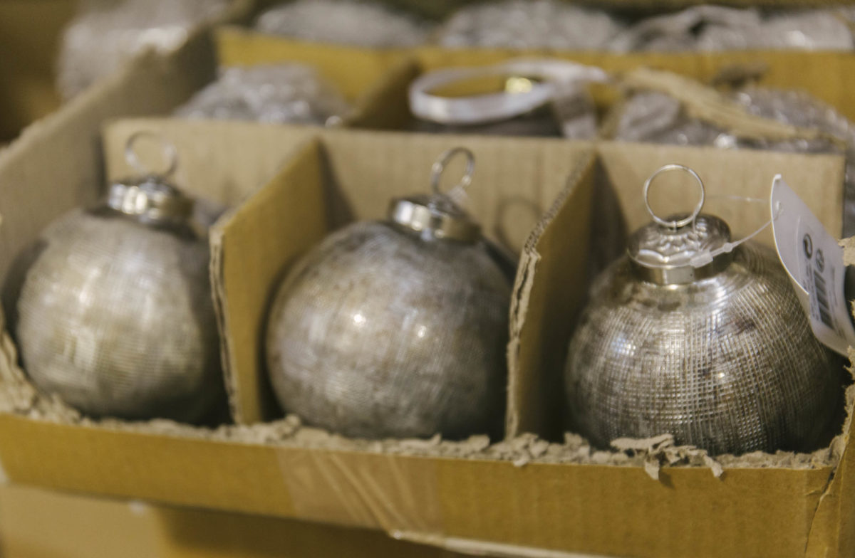 New Covent Garden Flower Market A Florists Guide To Christmas At The Flower Market Rona Wheeldon Flowerona November 2018 Antique Silver Baubles At C Best