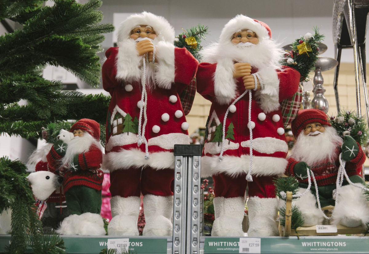 New Covent Garden Flower Market A Florists Guide To Christmas At The Flower Market Rona Wheeldon Flowerona November 2018 Santa Claus Father Christmas At Whittingtons