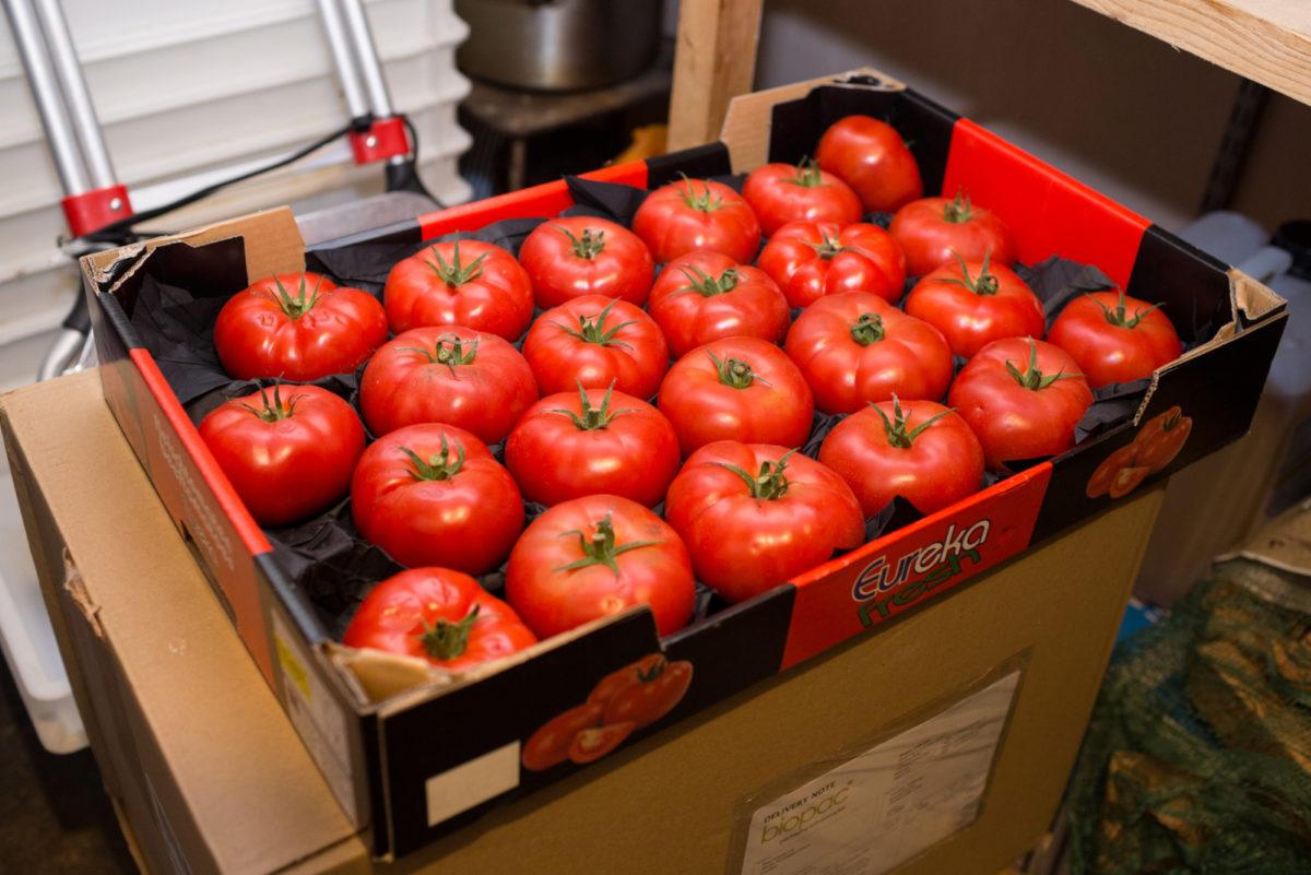 Fruit And Veg Customer Profile October 2017 La Luna Di Luca Tomatoes