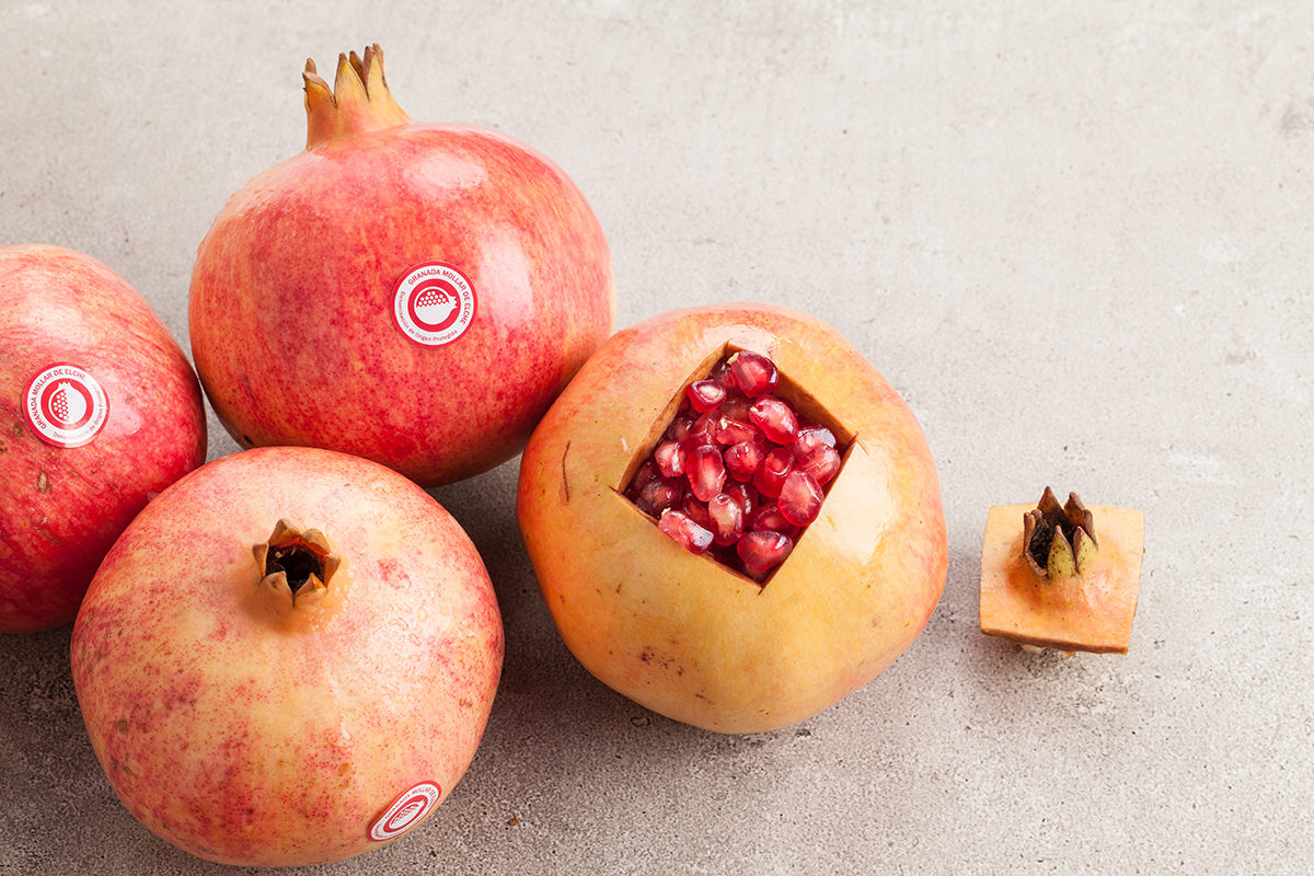 Fruit And Vegetable Market Chefs Guide To Pomegranates Open Fruit