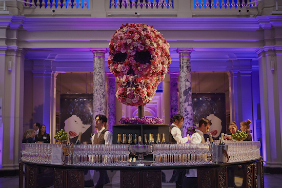 Ming Veevers Carter created this floral skill for savage beauty Alexander McQueen