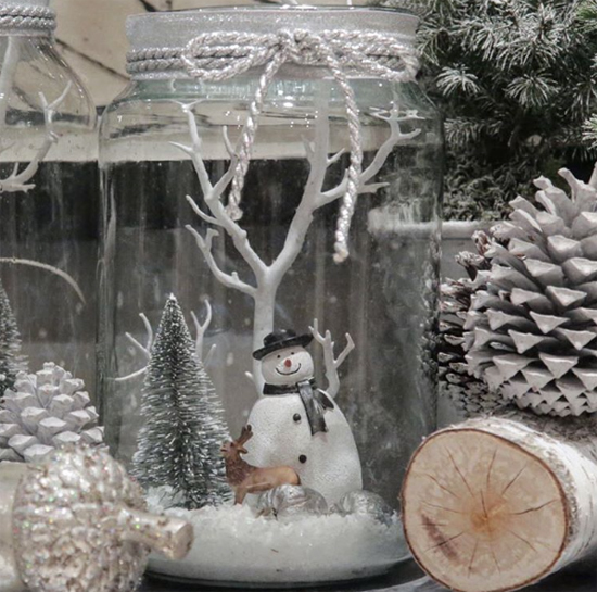 McQueens glass snowman jar