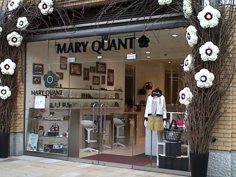 McQueens_for_Mary_Quant.jpg
