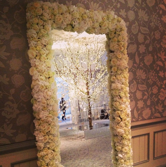 Wildabout design using white and cream roses