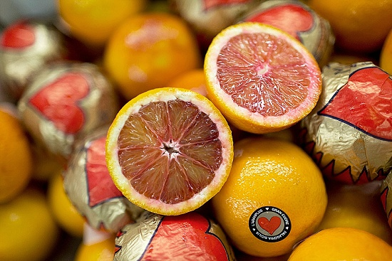 Blood oranges at New Covent Garden Fruit & Vegetable Market - January 2016