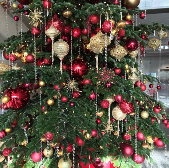 Simon Lycett Christmas tree design
