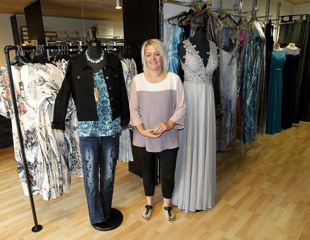 a7efd78a Majbritt Hougaard åbner på fredag dørene op til Ladies-Fashion i Rønbjerg.