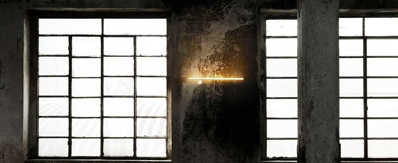 stories-coordinates-wall-michael-anastassiades-flos-01_banner.jpg
