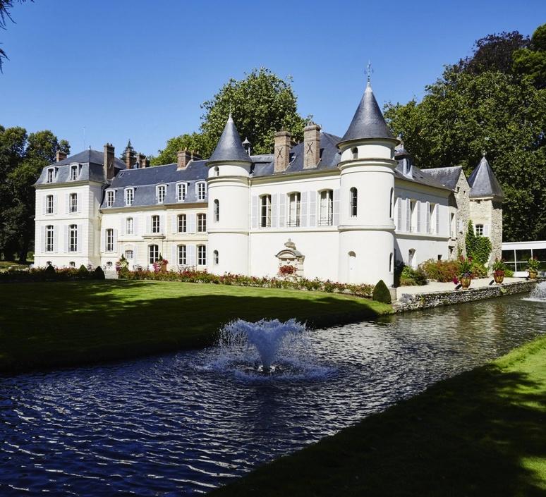 Chateau form saint just 34376 product
