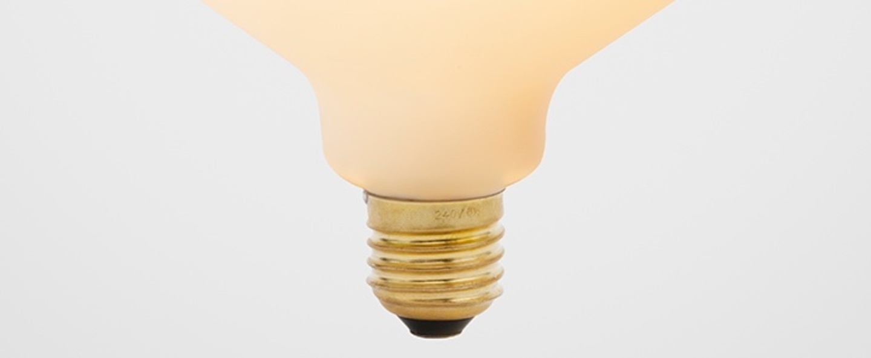 Ampoule led e27 enno 6w porcelaine o13 4cm h17 5cm tala normal