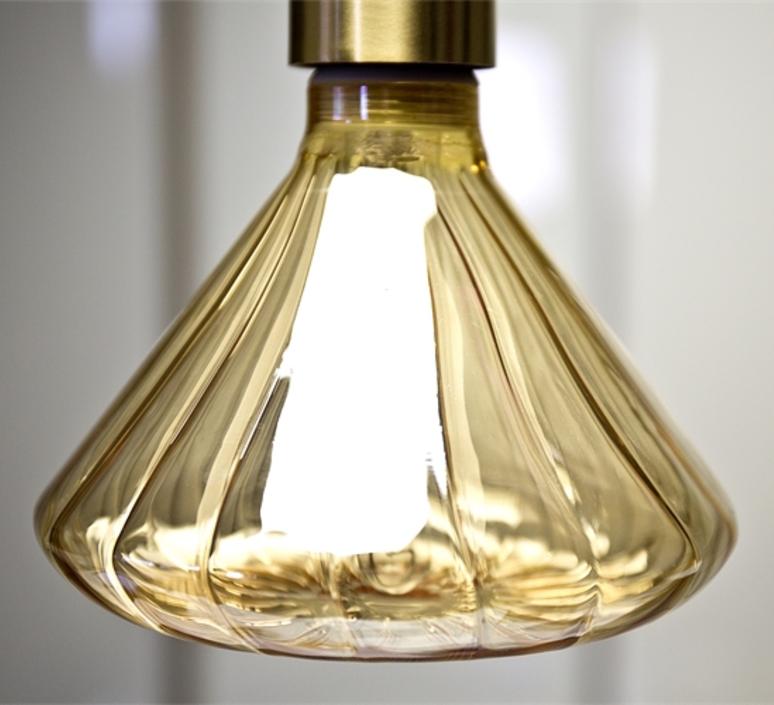 Globe dim 145 mm ambre  ampoule led eco bulb  nexel 043900 1145a  design signed 58542 product