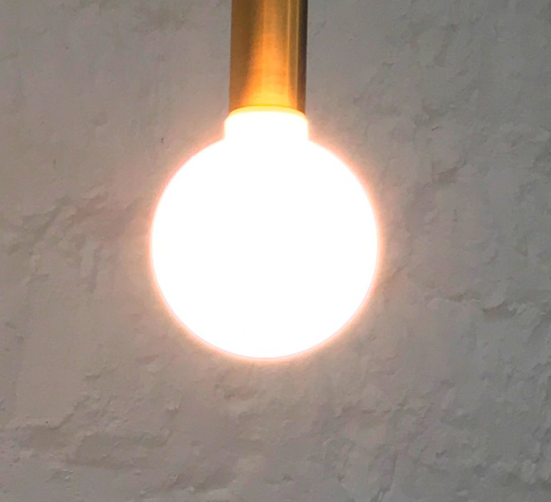 Moon thomas edison ampoule led eco bulb  girard sudron 18461 18472 269183  design signed nedgis 65929 product