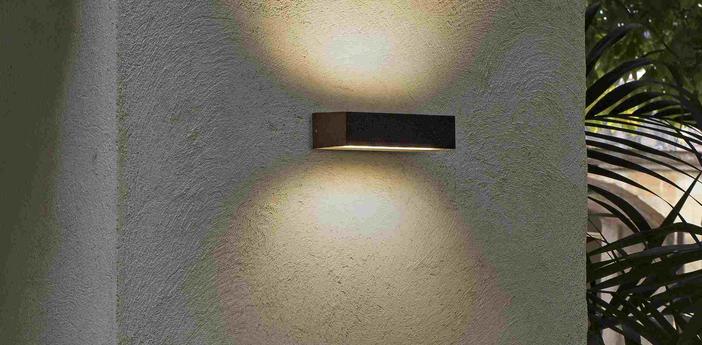 Applique d exterieur doro 13 marron ip65 led 3000k 1000lm l22 2cm h7cm faro normal