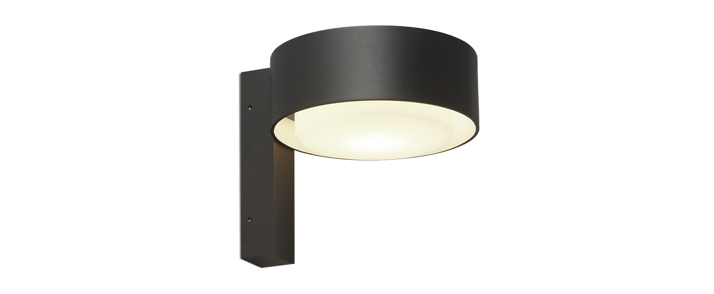 Applique d exterieur plaff on a ip65 noir ip65 led 2700k 544lm l16cm h15cm marset normal