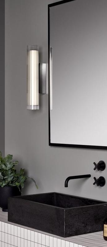 Applique de salle de bain io 420 chrome verre ip44 l8cm h42cm astro normal
