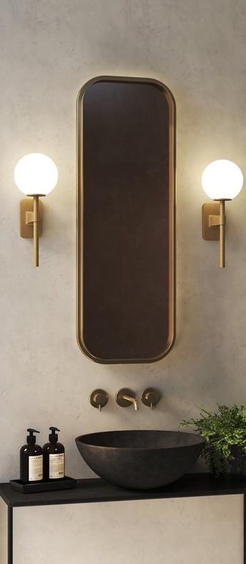 Applique de salle de bain tacoma single laiton verre opalin ip44 l7cm h27cm astro lighting normal