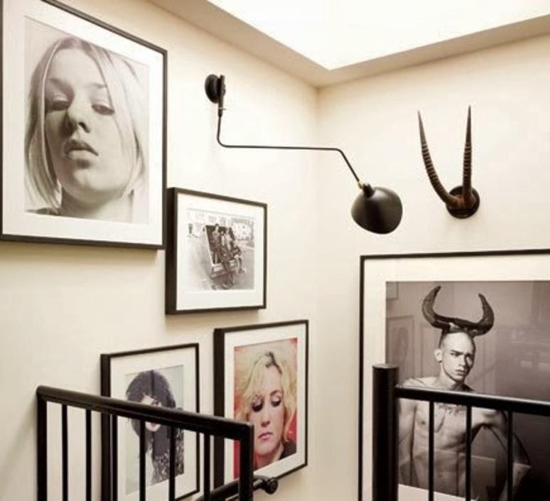 applique murale 1 bras pivotant courbe noir h40cm serge mouille luminaires nedgis. Black Bedroom Furniture Sets. Home Design Ideas