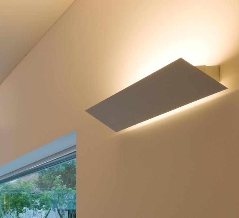 Tubo 50 dali low output studio o m light applique murale wall light  om 43504 25 43701 99  design signed nedgis 83110 product