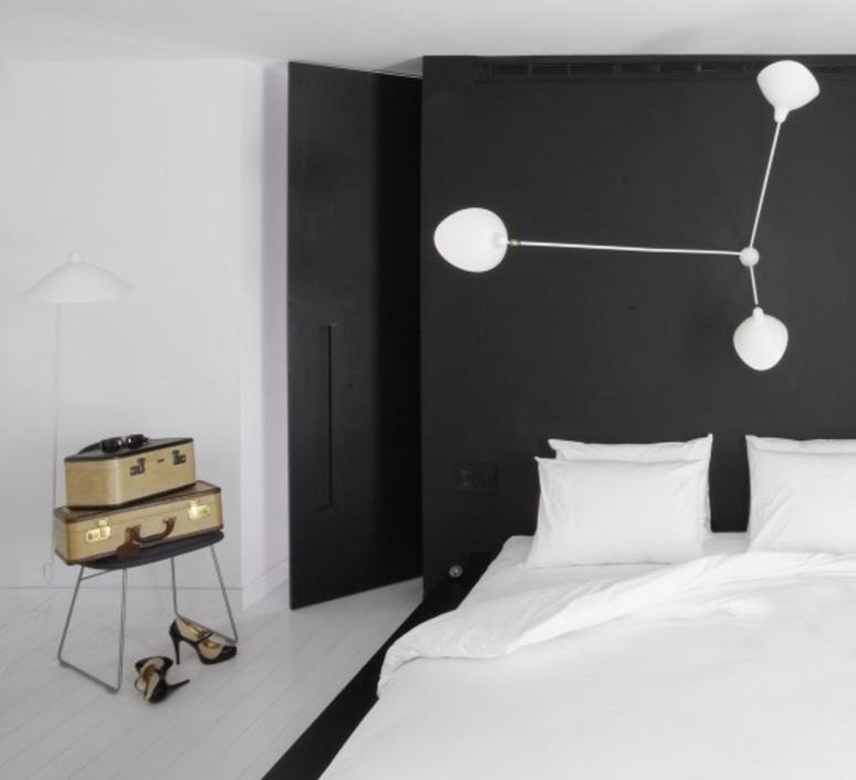 Araignee 3 bras fixes  serge mouille editionssergemouille ar3b noir luminaire lighting design signed 107036 product