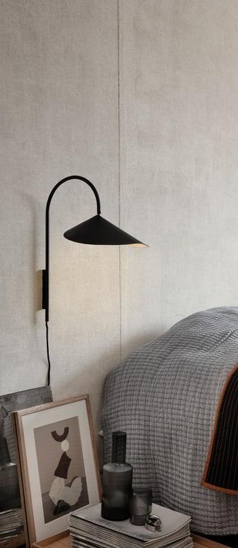 Applique murale arum wall lamp noir l25 6cm h46 1cm ferm living normal
