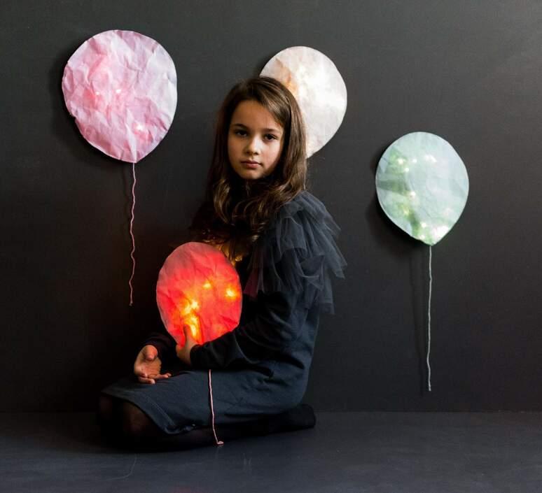 Blush pink lighting balloon small ekaterina galera applique murale wall light  ekaterina galera blushpinklightingballoon s  design signed nedgis 87886 product