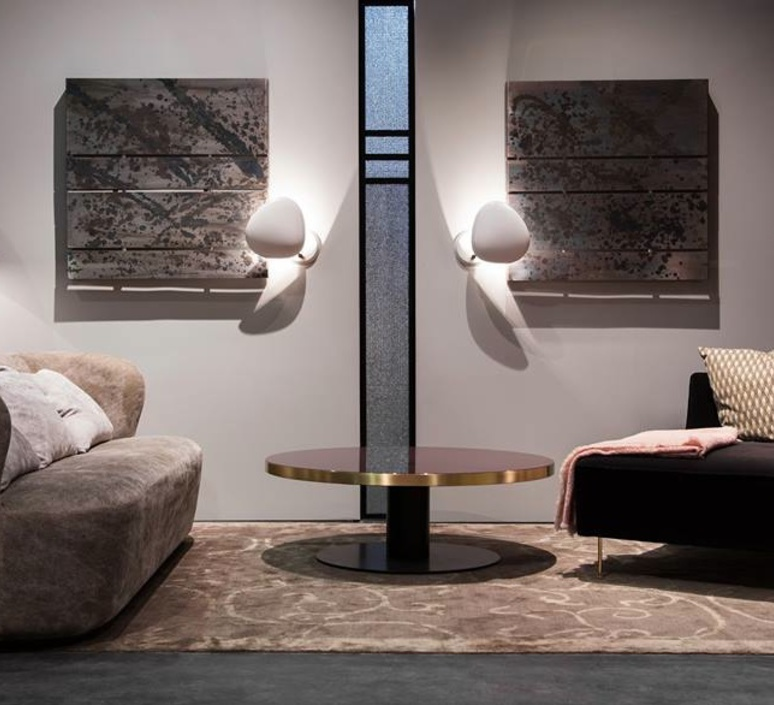 grossman lighting. applique murale cobra blanc mat h33 3cm l28 9cm gubi normal grossman lighting