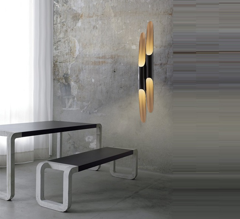 applique murale simple coltrane noir et or h110cm delightfull luminaires nedgis. Black Bedroom Furniture Sets. Home Design Ideas