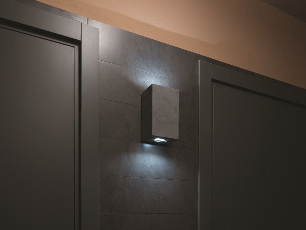 Outdoor wall light brique 2v grey led l12cm h20cm luciferos
