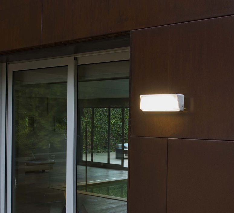 Half nahtrang design applique murale d exterieur outdoor wall light  faro 71536  design signed 32226 product