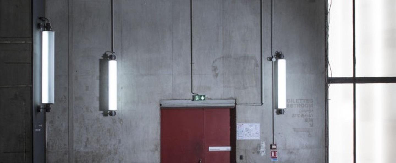 Applique murale d exterieur led fuser single blanc noir h116 6cm o20cm modular normal