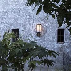 Loggia  applique murale d exterieur outdoor wall light  il fanale 264 01 oob  design signed nedgis 83531 thumb