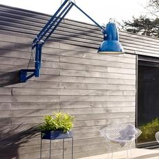 applique murale d 39 ext rieur original 1227 giant bleu h141cm anglepoise luminaires nedgis. Black Bedroom Furniture Sets. Home Design Ideas
