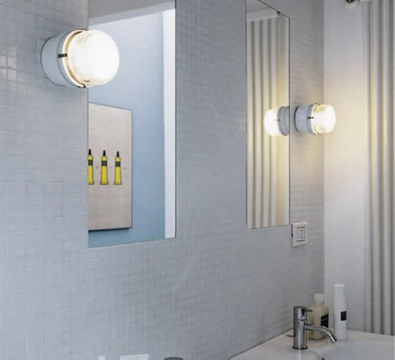 Fresnel joe colombo applique murale de salle de bain wall light bathroom  oluce 1148 blanc  design signed nedgis 67802 product