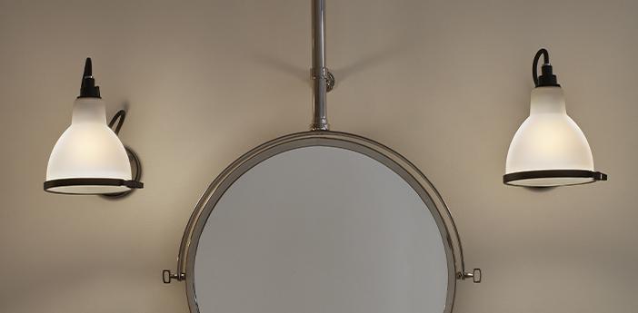 Applique murale de salle de bain lampe gras bathroom blanc l14cm h17 5cm dcw editions normal